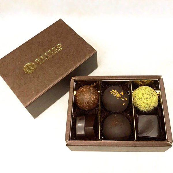 cioccolatini di cioccolato crudo misti