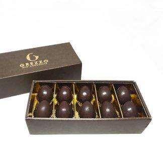 Confezione ovetti di cioccolato crudo ripieni con cioccolato crudo e granella di nocciole